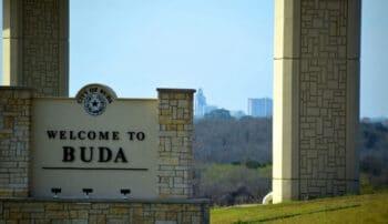 Welcome to Buda Sign of I-35
